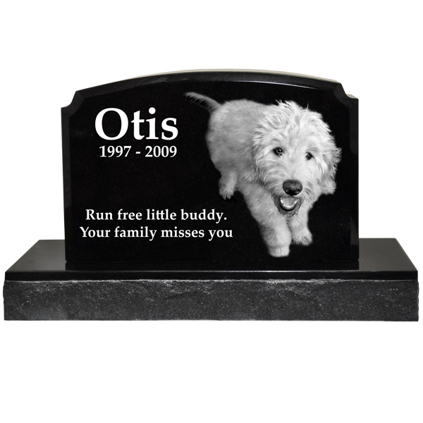 Traditional Classic Black Granite Pet Marker With Pet