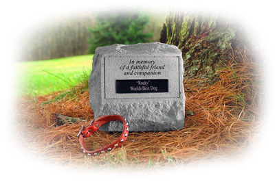 photo of faithful companion urn shown outside under tree