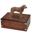 Chesapeake Bay Retriever Figurine Wood Urn shown with no engraving